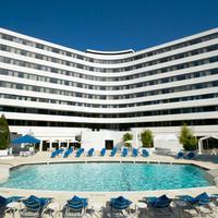 Washington Plaza Hotel Outdoor Pool