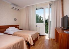 Pesochnaya Bukhta Hotel - เซวาสโตโพล - ห้องนอน
