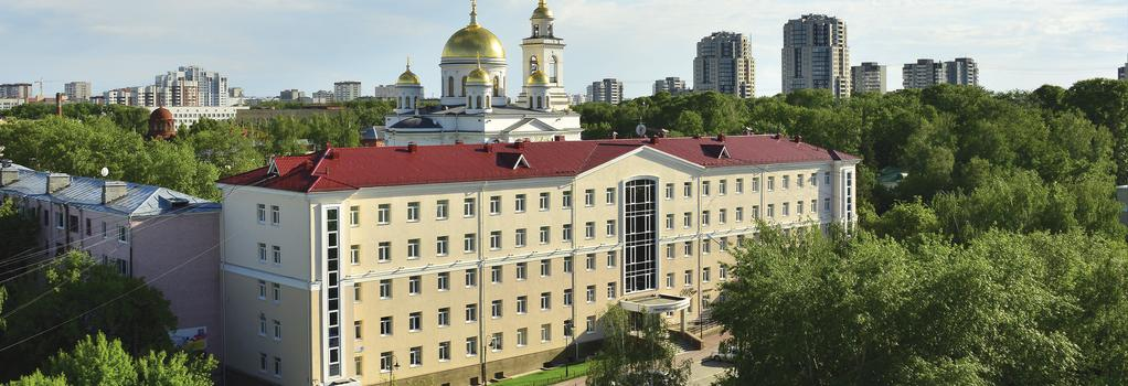 Green Park Hotel - Ekaterinburg - Building