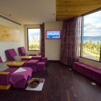 Holiday Beach Danang Hotel & Resort Treatment Room