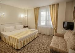 Villa Marina Hotel - คราสโนดาร์ - ห้องนอน