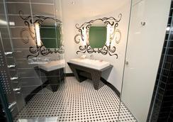 Hotel Chez Swann - มอนทรีออล - ห้องน้ำ