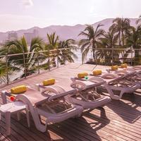 Park Royal Acapulco Sundeck