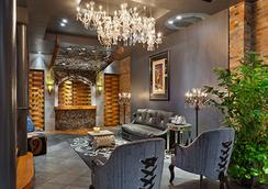 Suites at Club La Pension New Orleans - นิวออร์ลีนส์ - ล็อบบี้