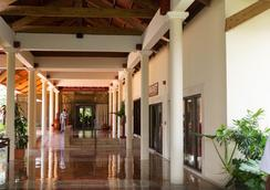 Suites at Punta Cana Bavaro Beach Resort and Spa - Higüey - ล็อบบี้