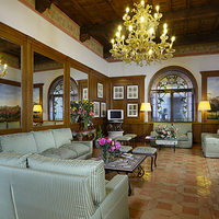Hotel Pantheon Lobby Lounge