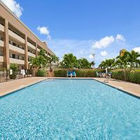 Super 8 Fort Myers Pool