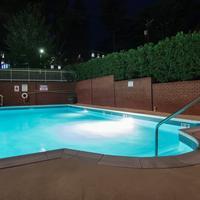 Cavalier Inn At The University of Virginia Outdoor Pool