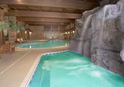 The Water Tower Inn, Bw Premier Collection - Sault Ste Marie - สระว่ายน้ำ