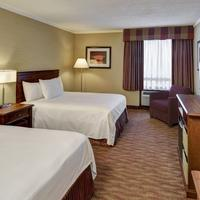 Algoma's Water Tower Inn & Suites, BW Premier Collection Guestroom