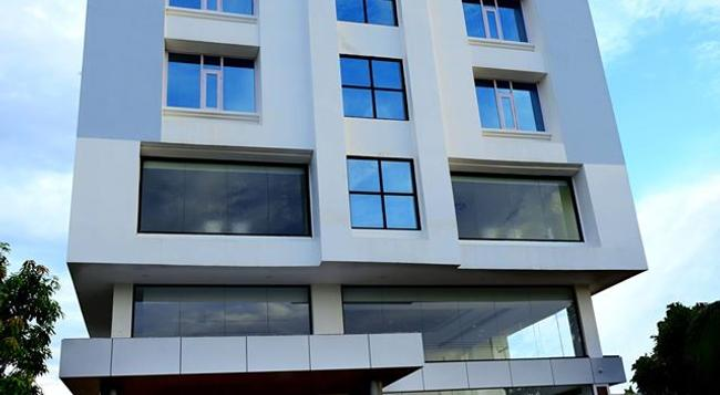Hotel Bhargav Grand - Guwahati - Building