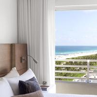 Royal Palm South Beach Miami, a Tribute Portfolio Resort Guestroom
