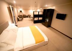 The Hotel at Green Sun - มะนิลา - ห้องนอน