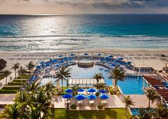 Marriott Cancun Resort - แคนคูน - สระว่ายน้ำ