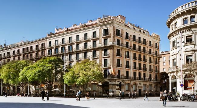 Hotel Colon Barcelona - Barcelona - Building