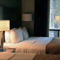 Royal Oak Inn Guest room
