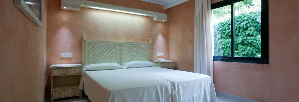 Royal Son Bou Family Club - Son Bou - Bedroom
