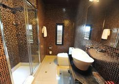 Design Hotel Mr President - เบลเกรด - ห้องน้ำ