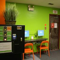 Apple Hostels of Philadelphia High Speed Internet Kiosks