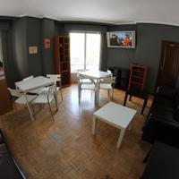 Hostel Escapa2 Dining