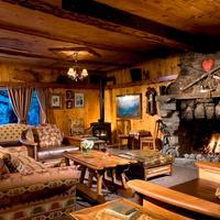 Tamarack Lodge Lobby