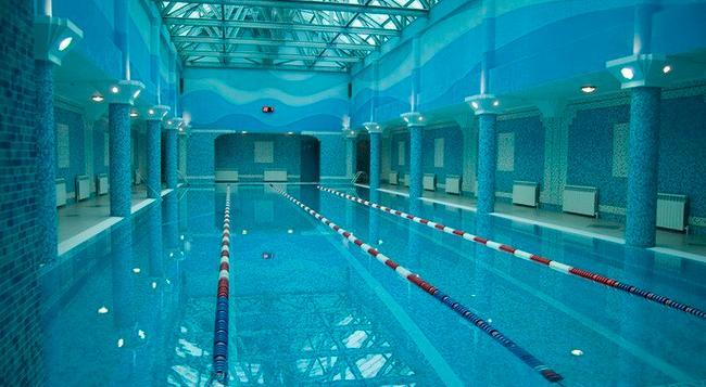Hotel Gulf Stream - Kazan - Pool