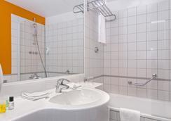 Wyndham Garden Düsseldorf City Centre Königsallee - ดีสเซลดอร์ฟ - ห้องน้ำ