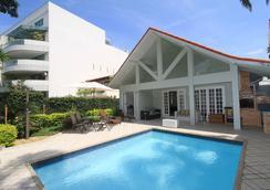 Ref House Barra Da Tijuca - รีโอเดจาเนโร - สระว่ายน้ำ