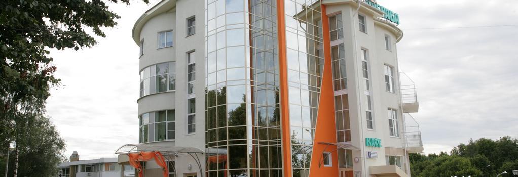 Dubrava Hotel - Cheboksary - Building