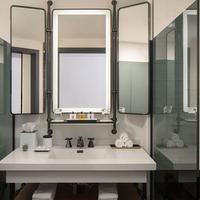 Thompson Seattle Bathroom