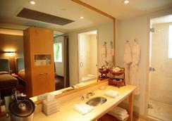 Hotel St Augustine - ไมอามีบีช - ห้องน้ำ