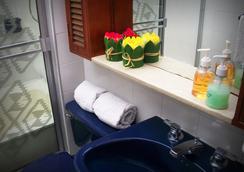 Zuetana 106 - โบโกตา - ห้องน้ำ