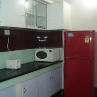 Nathan's Holiday Home kitchen-1a