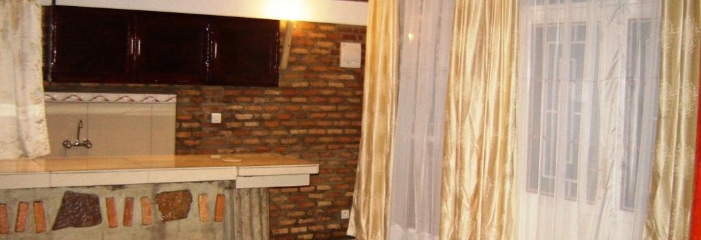 Hotel Restaurant Vaya Appartements - Bujumbura - Kitchen