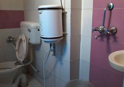 Hotel Abhiraj Palace - ชัยปุระ - ห้องน้ำ