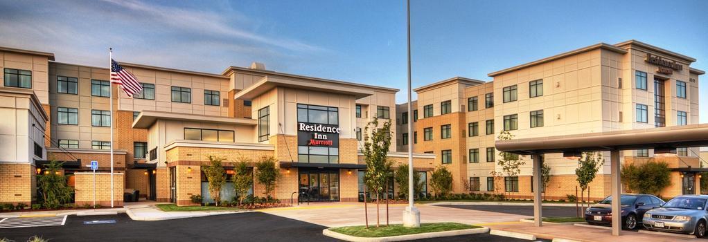 Residence Inn by Marriott Portland Airport at Cascade Station - Portland - Building