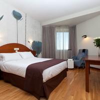 Hotel Sercotel Ciudad De Burgos Guestroom