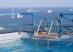 Hotel Don Quijote - อิบิซา - สระว่ายน้ำ