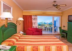Playaballena Spa Hotel - โรตา - ห้องนอน
