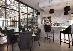 Beton Brut Resort - อะนาปา - เลานจ์