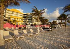 Hotel Nyx Cancun - แคนคูน - ชายหาด