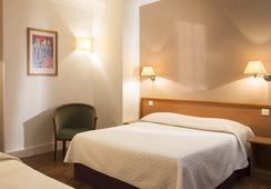 Central Hotel Paris - ปารีส - ห้องนอน
