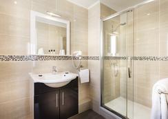 Hotel Chatillon Montparnasse - ปารีส - ห้องน้ำ