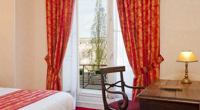 Hotel du Quai Voltaire - Paris - Bedroom