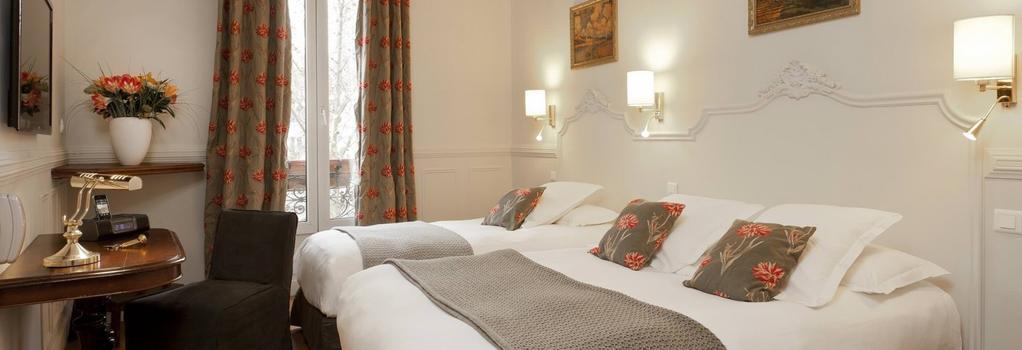 Hotel De La Porte Doree - Paris - Bedroom