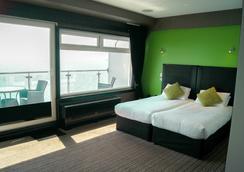 Suncliff Hotel - โบร์นมัท - ห้องนอน