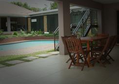 Cozy Nest Guest House - Durban North, Natal - เดอร์บัน - สระว่ายน้ำ