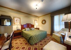 Embassy Hotel - ซานฟรานซิสโก - ห้องนอน