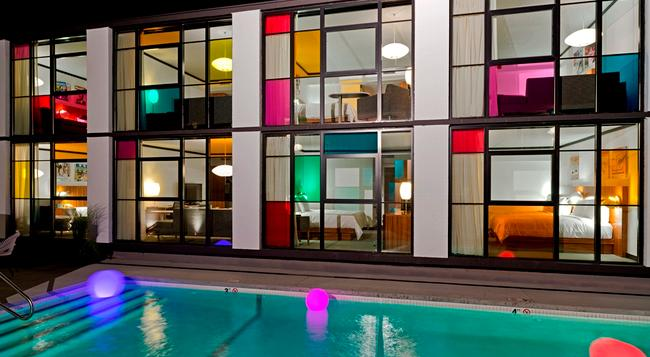 The Verb Hotel - Boston - Pool