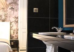 Hotel Taylor - ปารีส - ห้องน้ำ